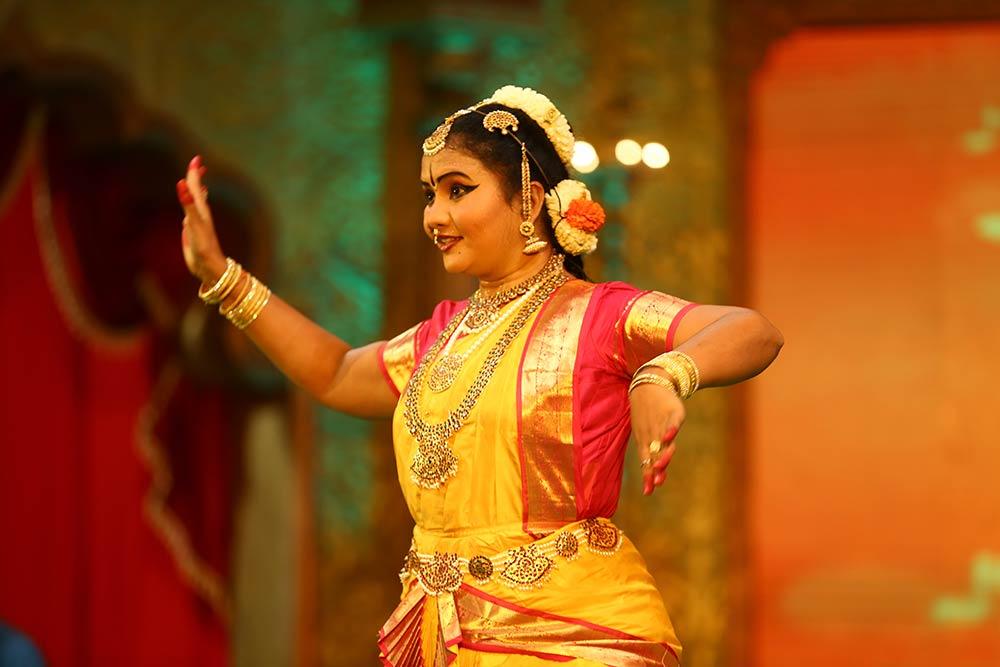 Meenakshi Ragavan – Bharatanatiyam at Chennaiyil Thiruvaiyaru – Season 09