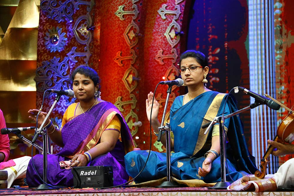 Renuka Balaji and Sandhya Kumar – Vocal at Chennaiyil Thiruvaiyaru – Season 13