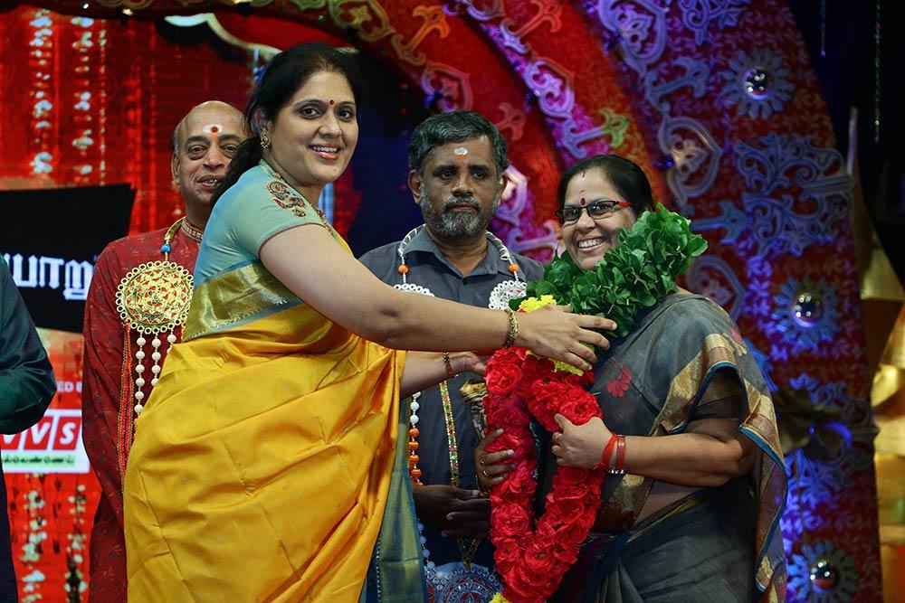 Priya Sisters– Vocal at Chennaiyil Thiruvaiyaru – Season 13
