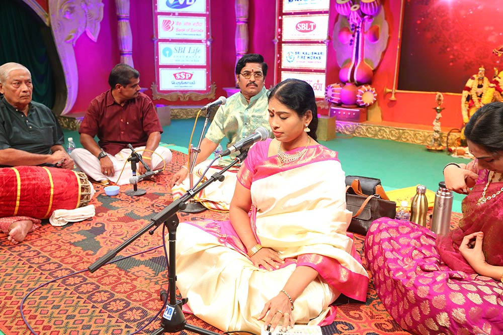 Nithyasree Mahadevan – Vocal at Chennaiyil Thiruvaiyaru – Season 10`
