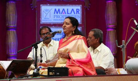 Shobachandrasekar – Vocal at Chennaiyil Thiruvaiyaru – Season 10
