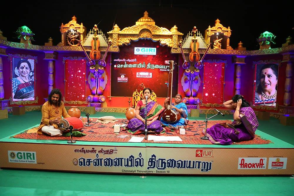 Aruna Sairam – Vocal at Chennaiyil Thiruvaiyaru – Season 10