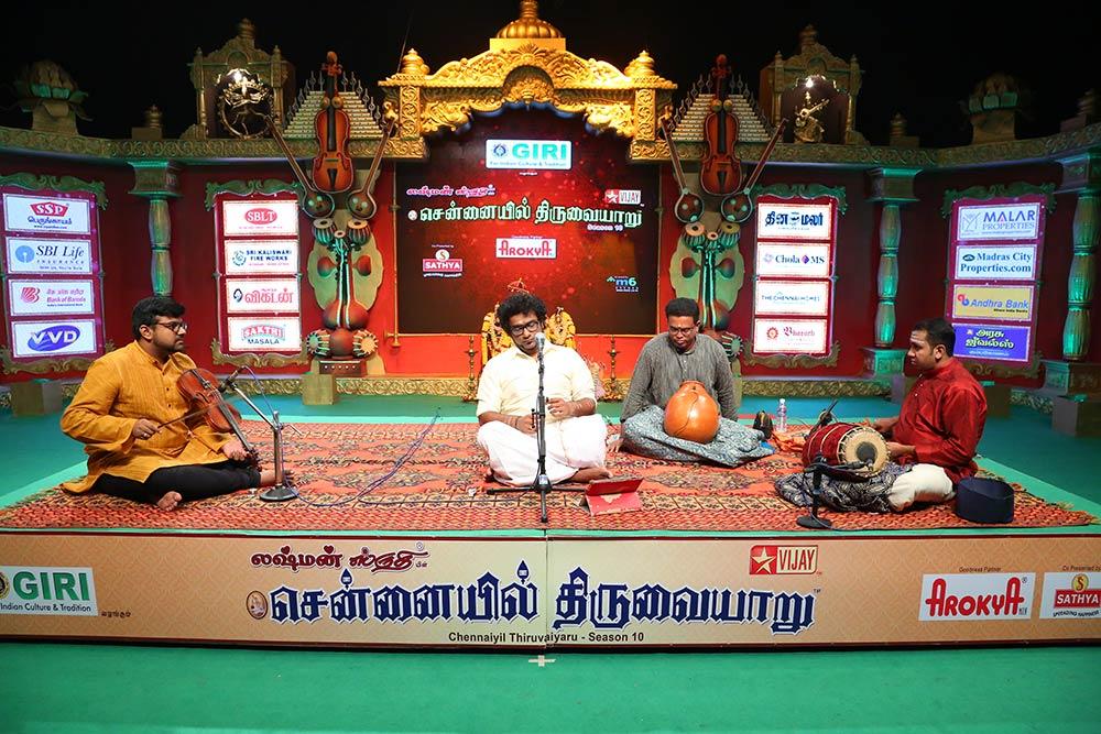 Haricharan – Vocal at Chennaiyil Thiruvaiyaru – Season 10