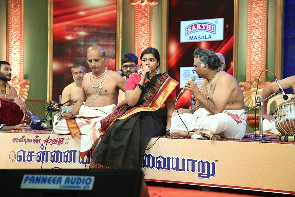 Cuddalore Gopi- Violin at Chennaiyil Thiruvaiyaru – Season 12
